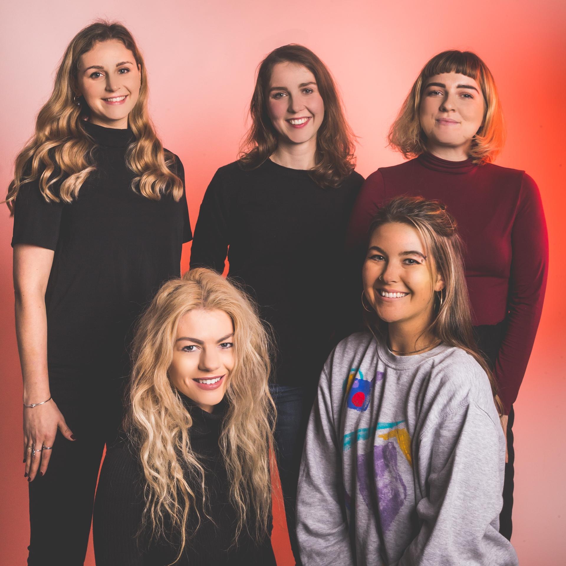 Back: Lauren, Claire, Robyn,  Front: Rachel, Sophia