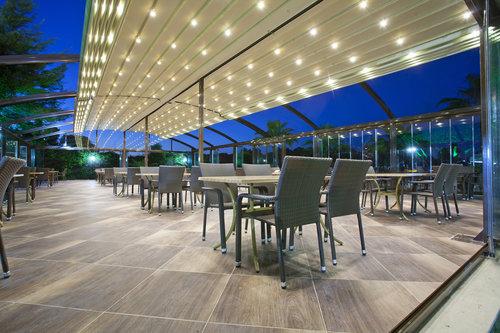 Awnings-Brisbane-Retractable-Motorised-awning-outdoor-pergola-shade-blind-screen-roof.jpg