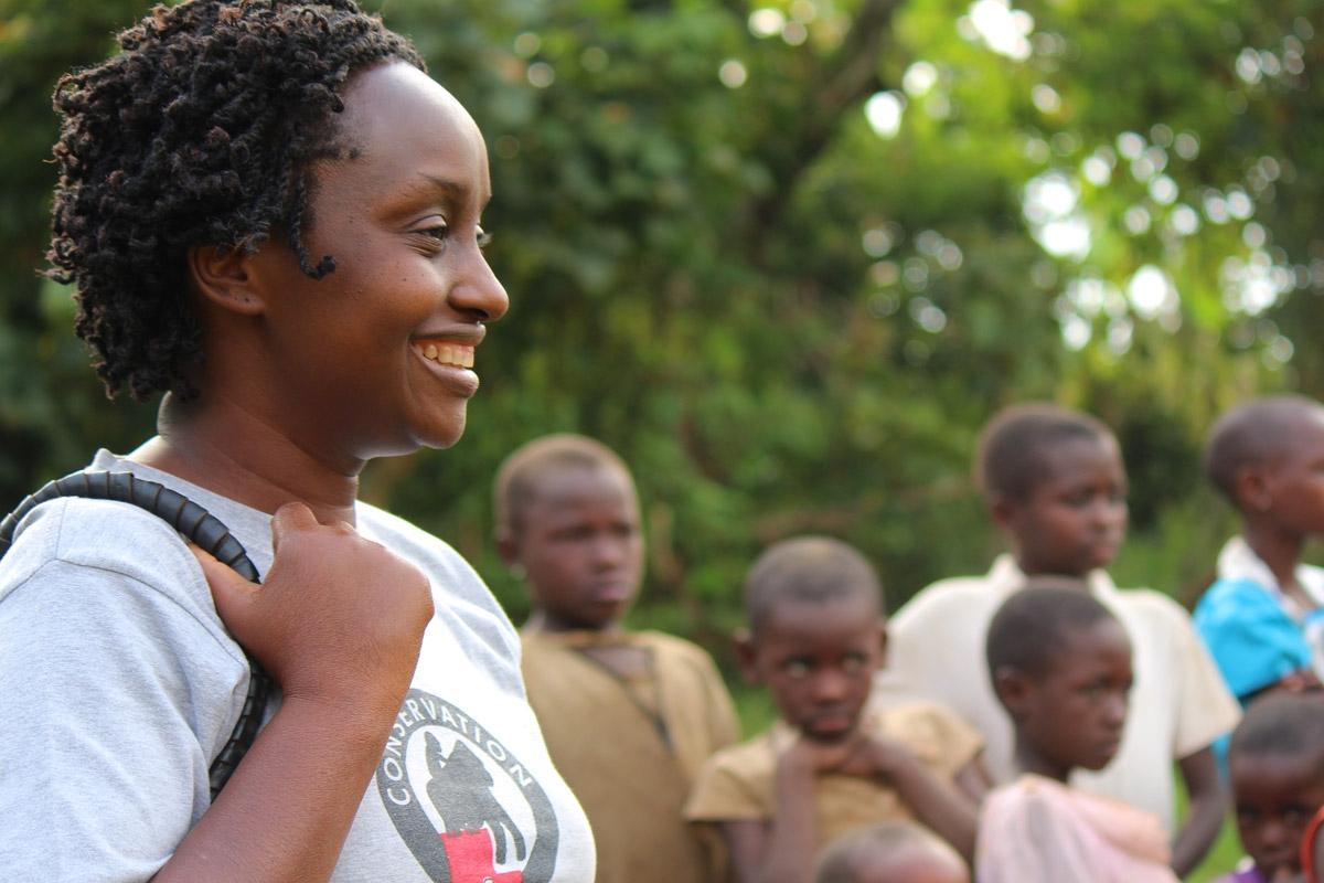 Gladys Kalema-Zikusoka cares for the 400 or so mountain gorillas that live in Uganda. Image from  Geographical .