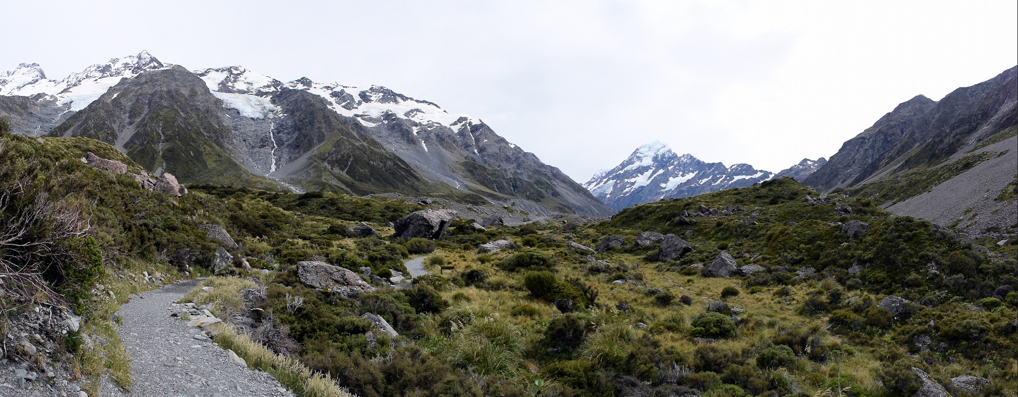 The Hooker Valley track in Aoraki/Mt. Cook National Park in New Zealand, on a cloudy day.