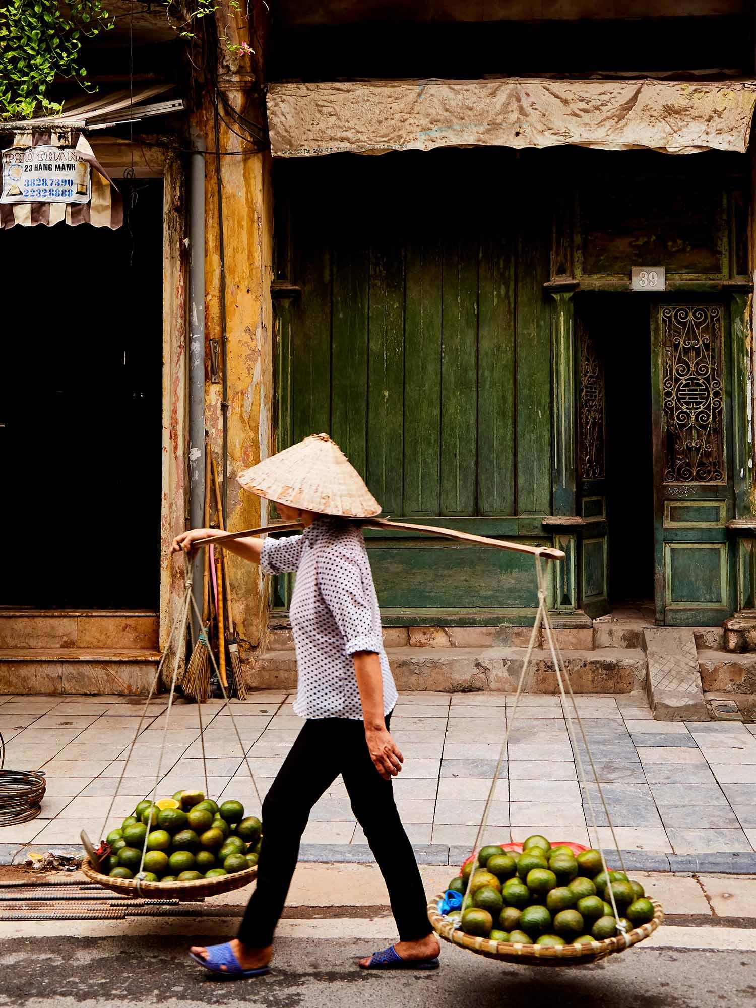 CNT_Hanoi_Old_Quarter_06.jpg