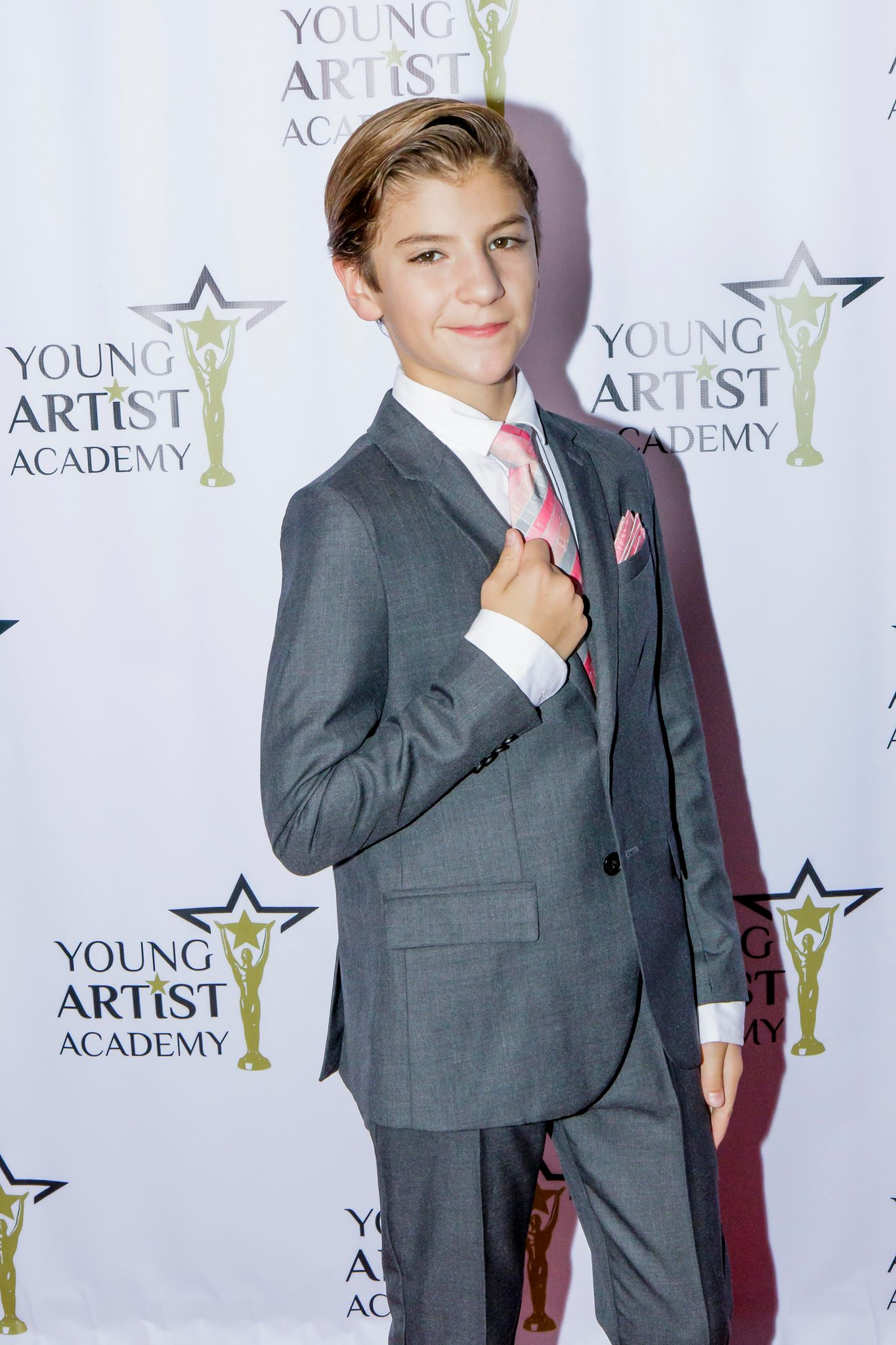 Parker on the Red Carpet at the 2018 Young Artist Academy Awards Photo: Mis Marissa