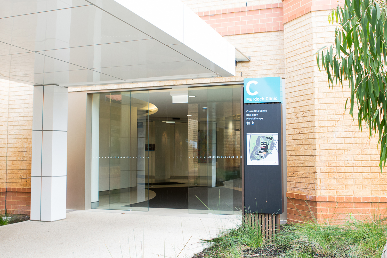 If you park in the P4 area or arrive by public transport you may approach Building C - Murdoch Medical Clinic via the secondary entrance (The Wexford Medical Centre is located behind you).