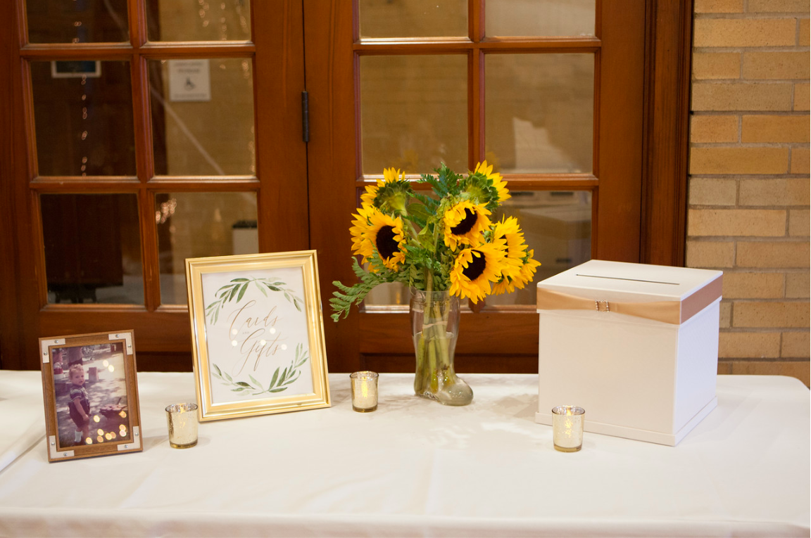 DC Wedding // Sunflowers, card box and reception details