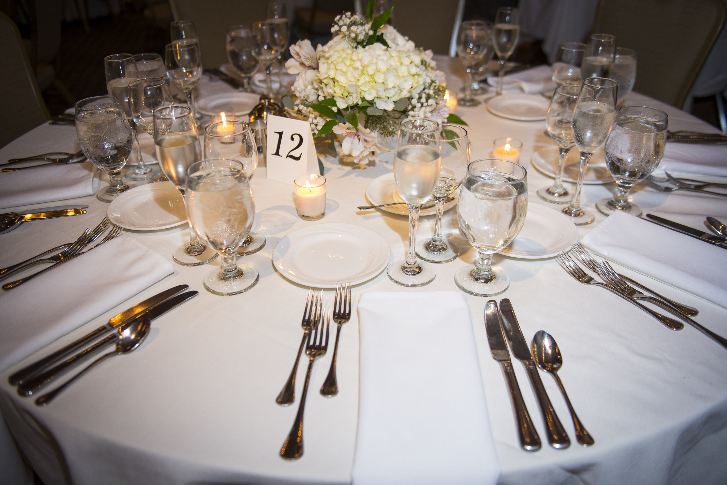 Winter wedding reception table setting // The Miner Details weddings
