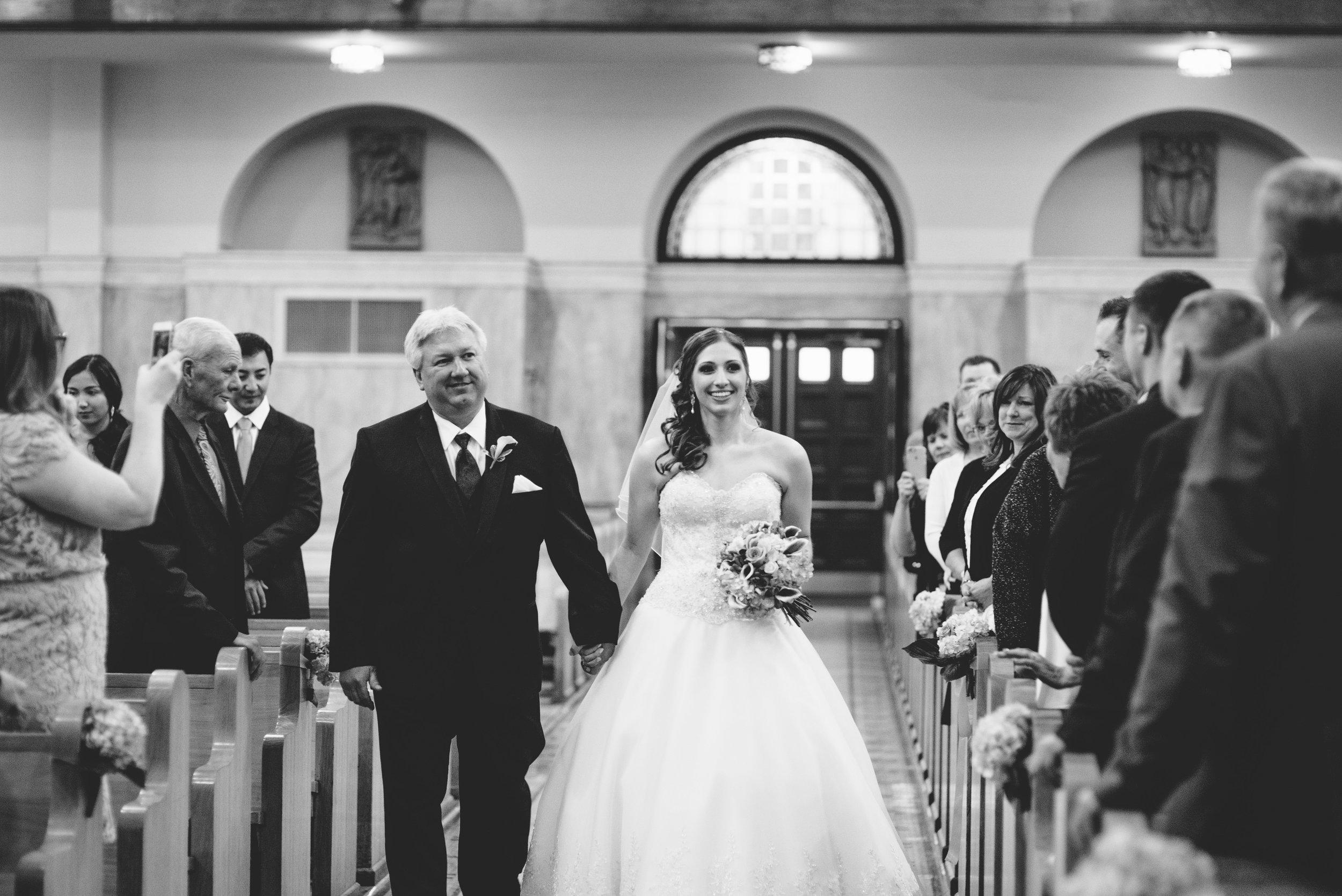 Wedding ceremony aisle // The Miner Details weddings