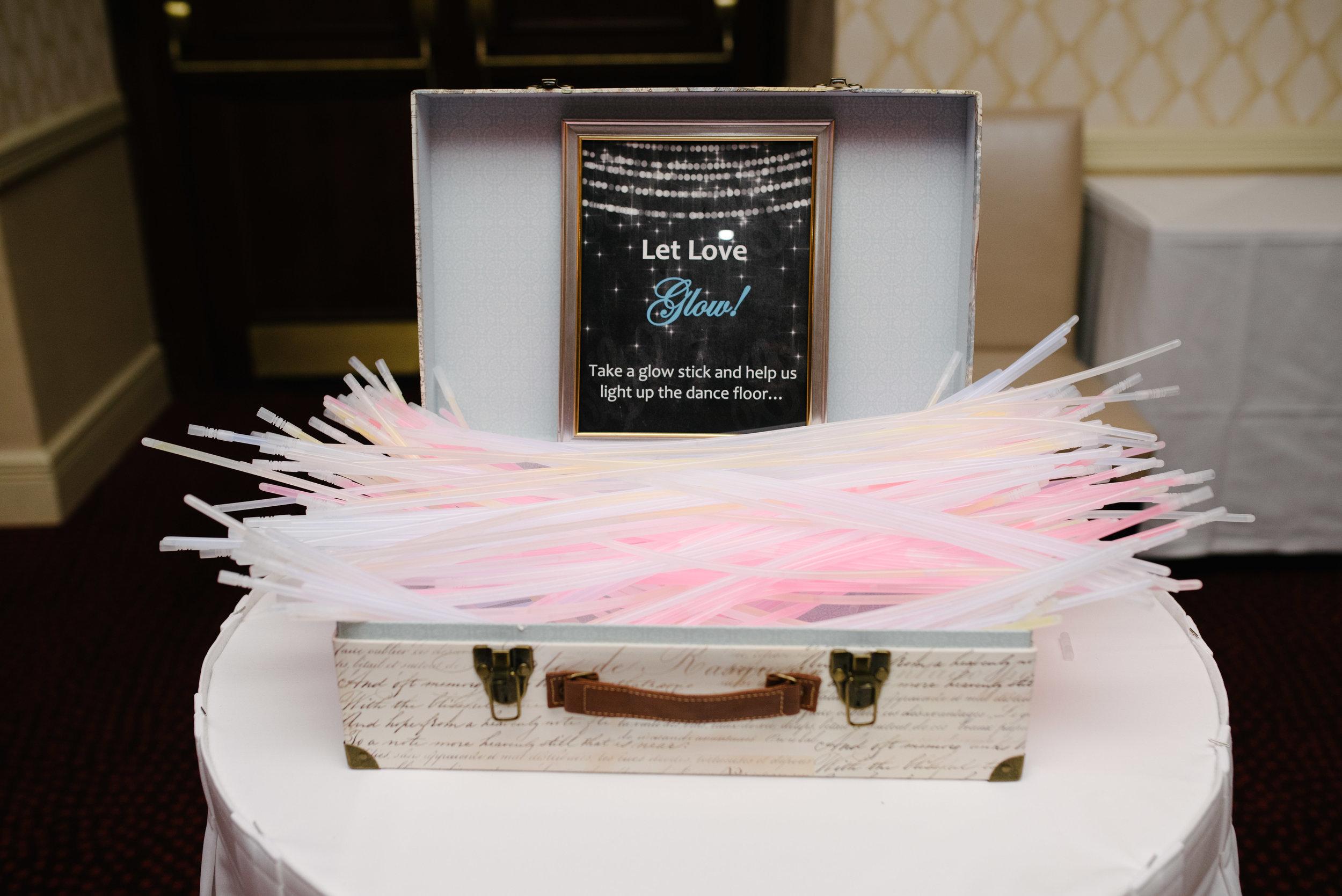 Wedding reception glow sticks // The Miner Details weddings