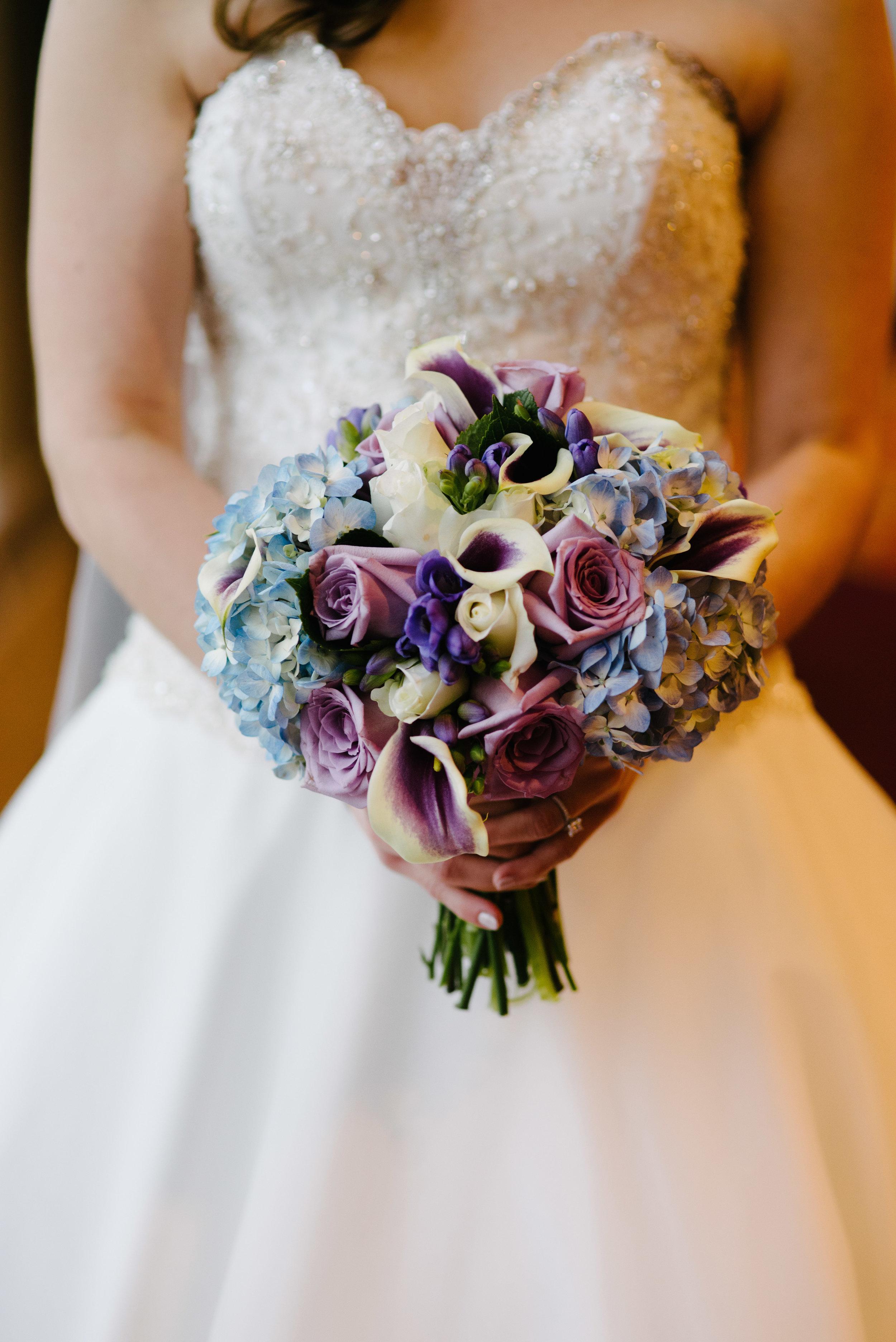 Spring bridal bouquet // The Miner Details weddings