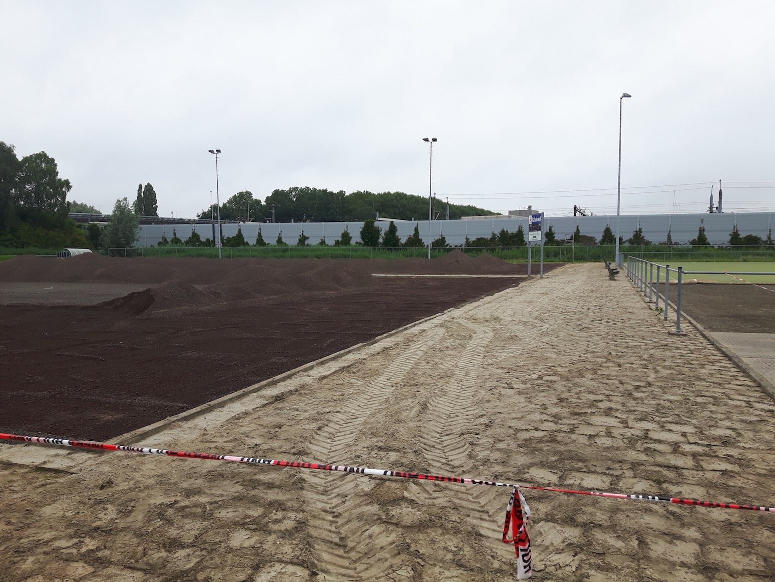 Nieuwe korfbalvelden Barendrecht.jpg