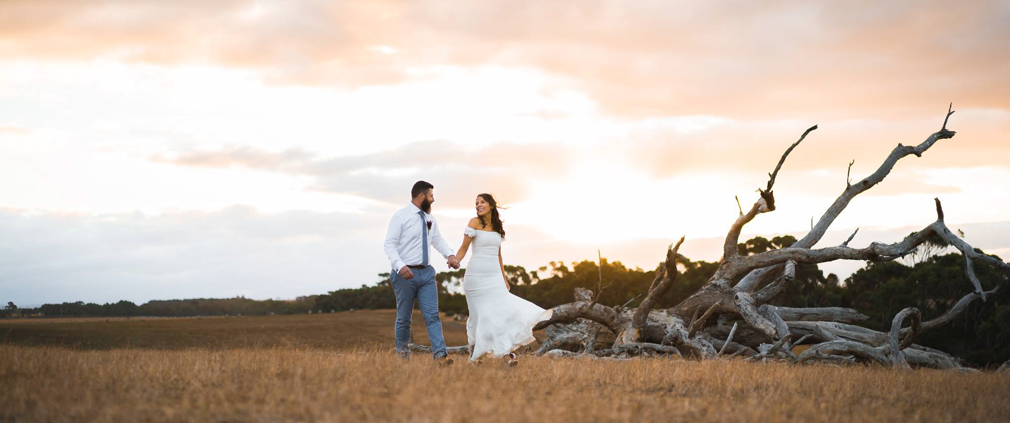 THE WEDDING OF LAURA AND MARK IN TORQUAY - This stunning wedding took place on the southwest coast of Melbourne, overlooking the incredible landscape that the Great Ocean Road has to offer. The love, humour and adventurous spirit that Laura and Mark share is truly contagious and shines through in this beautiful couple