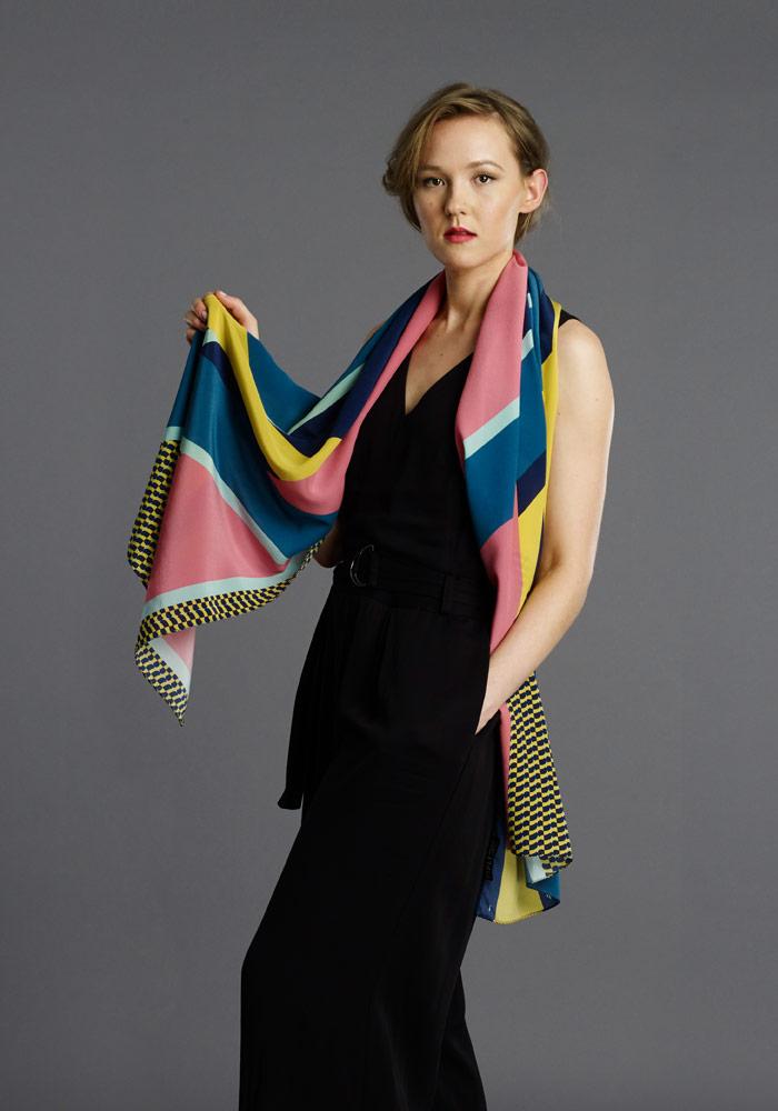 FI-pipet-marvel-long-scarf-03.jpg