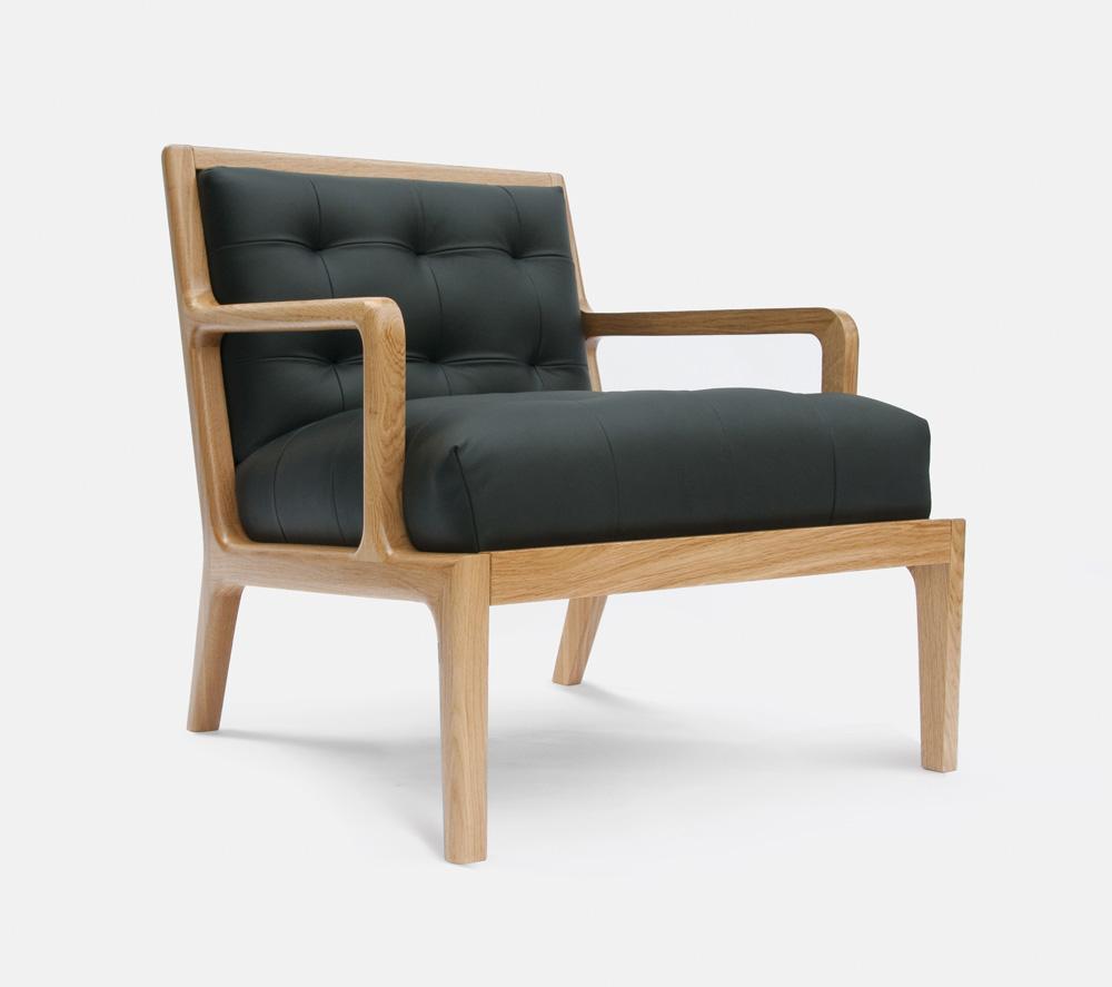04 Lucan Armchair - oak DSC_2864.2.jpg