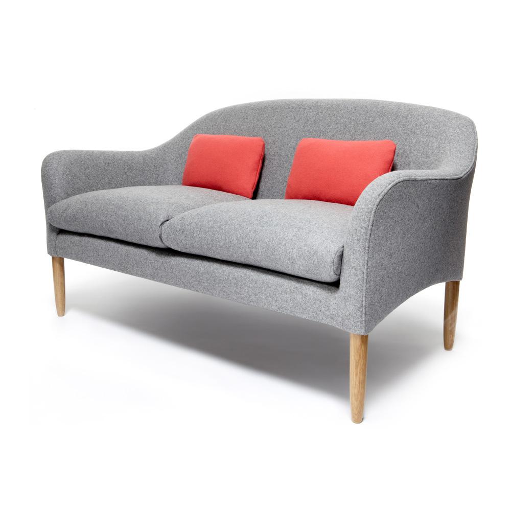 36 Newington Sofa 3025_JamesUK_0361.jpg