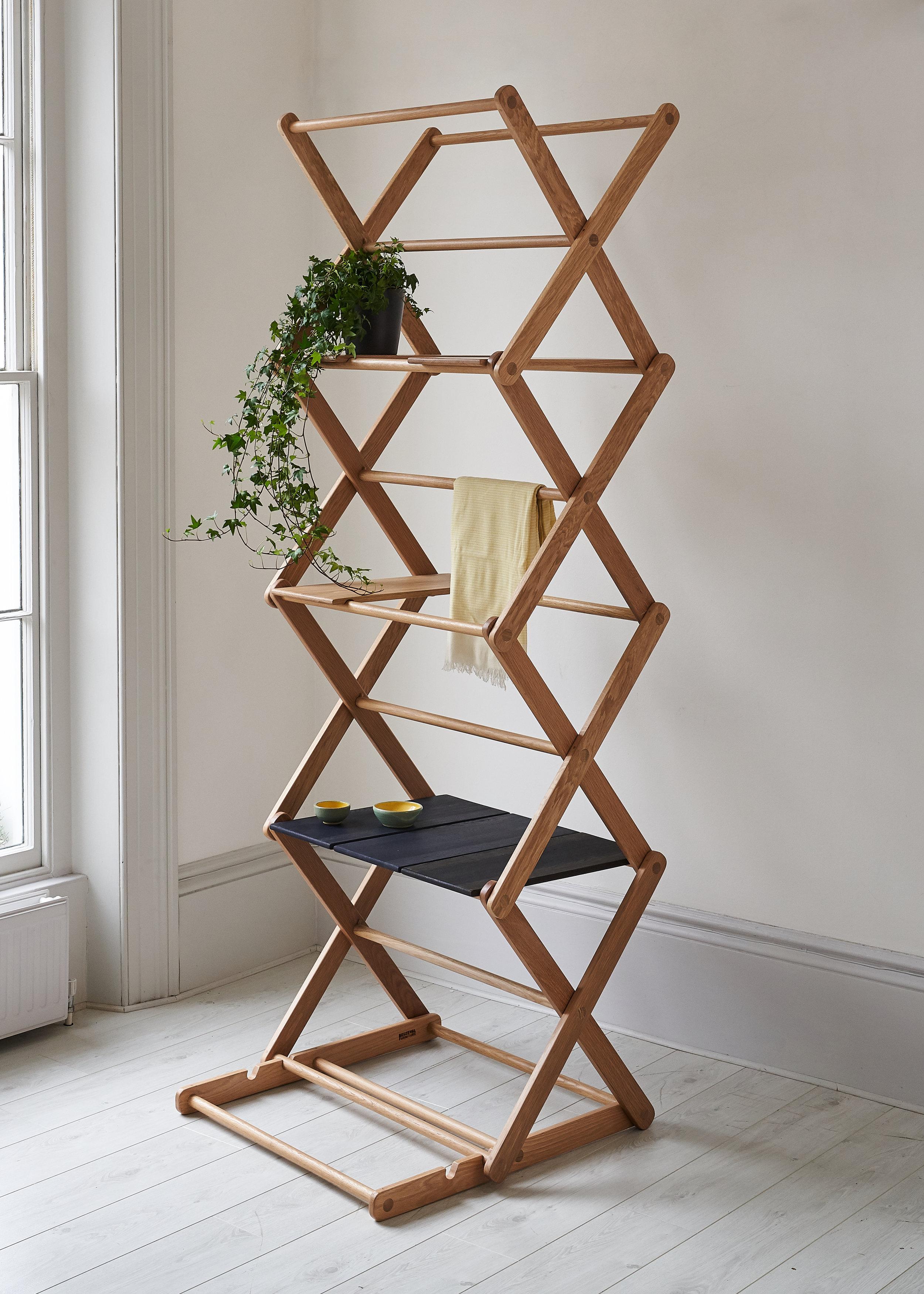 Beuzeval furniture-Folding oak interior -photo Yeshen Venema.jpg