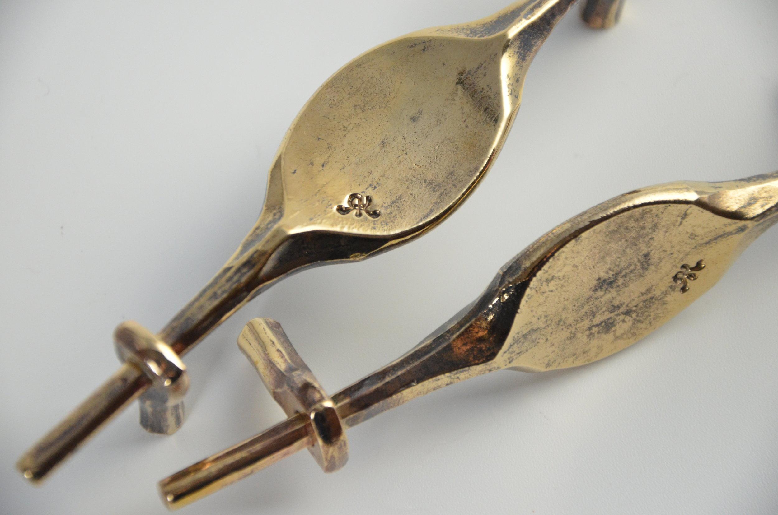 Bronze vanety door handles (5).JPG
