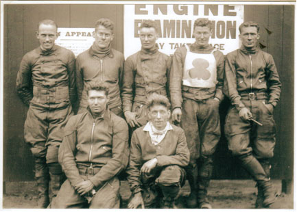 belle vue southern 1931 - Len Blunt, Reg West, Arthur Franklyn (capt.) Chun Moore, James (Indian) Allen, Eric Gregory, Max Grosskreutz