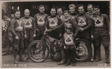 belle vue aces 1948 - Wally Lloyd, Jim Boyd, Wally Hull, Bill Pitcher, Jack Parker (capt.), Louis Lawson, Bill Rogers, Jack Chignell, Dent Oliver