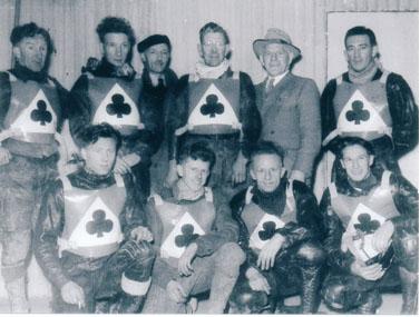 belle vue aces 1953 - Bob Fletcher, Willie Wilson, Louis Lawson, Bob Harrison (team manager), Peter Craven, Jack Parker (capt.), Harry Edwards, Johnnie Hoskins (promotor), Ron Johnston, Ken Sharples