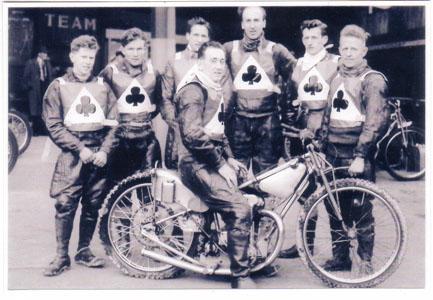 belle vue aces 1955 - Peter Craven, Dick Fisher, Ron Johnston, Ken Sharples (capt.), Don Cuppleditch, Bob Duckworth, Harry Edwards