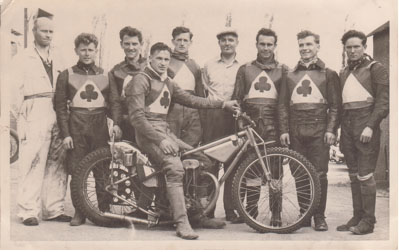 belle vue aces 1957 - Peter Craven, Brian Craven, Ron Johnston (capt.), Bob Duckworth, Harold Jackson (team manager), Peter Williams, Maurice (Slant) Payling, Dick Fisher