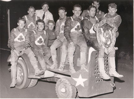 belle vue aces 1960 - Bob Duckworth, Gote Nordin, Jack Kitchen, Dick Fisher, Arthur Wright, Ron Johnston, Tony Robinson, Peter Craven
