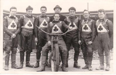 belle vue aces 1961 - Dick Fisher, Jim Yacoby, Bob Duckworth, Ron Johnston (capt.), Ken Sharples (manager), Jack Kitchen, Bryce Surbitzsky, Peter Craven