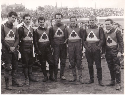 belle vue aces 1965 - Norman Nevitt, Gordon McGregor, Cyril Maidment, Sandor Levai, Jim Yacoby, Bill Powell, Dick Fisher