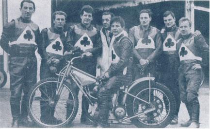 belle vue aces 1967 - Sandor Levai, Dave Hardy, Norman Nevitt, Dent Oliver (team manager), Cyril Maidment (capt.), Jim Yacoby, Tommy Roper, Soren Sjosten