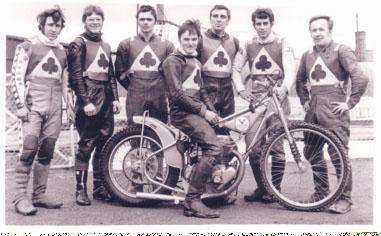 belle vue aces 1970 - Chris Pusey, Ken Eyre, Mike Hiftle, Tommy Roper (capt.), Dave Hemus, Ivan Mauger, Soren Sjosten.
