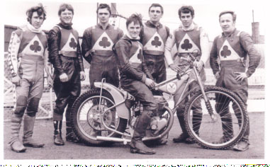belle vue aces 1970 - Chris Pusey, Ken Eyre, Mike Hiftle, Tommy Roper (capt.), Dave Hemus, Ivan Mauger, Soren Sjosten