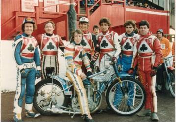 belle vue aces 1982 - Peter Collins, Jim McMillan, Chris Morton, Peter Ravn, Louis Carr, Peter Carr, Larry Ross.