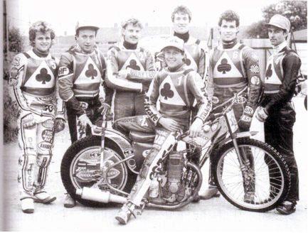 belle vue aces 1985 - Andy Smith, Peter Collins, Carl Blackbird, Chris Morton (capt.), Kenny McKinna, Andy Campbell, Eddie Ingels.