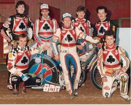 belle vue aces 1987 - Kenny McKinna, Peter Ravn, Paul Thorp, Chris Morton (capt.), Carl Blackbird, Glenn Hornby, Andy Smith.
