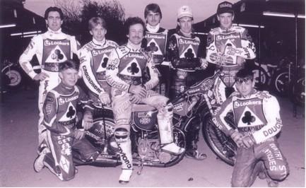 belle vue aces 1993 - Bobby Ott, Peter Scully, Carl Stonehewer, Shawn Moran (capt.), Frede Schott, Jason Lyons, Joe Screen, Jon Armstrong