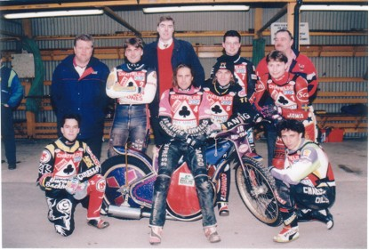 belle vue aces 1995 - Chris Manchester, John Hall (promotor), Frede Schott, George Carswell (promotor), Peter Carr, Jason Lyons, Duncan Chapman, John Perrin (promotor), Louis Carr