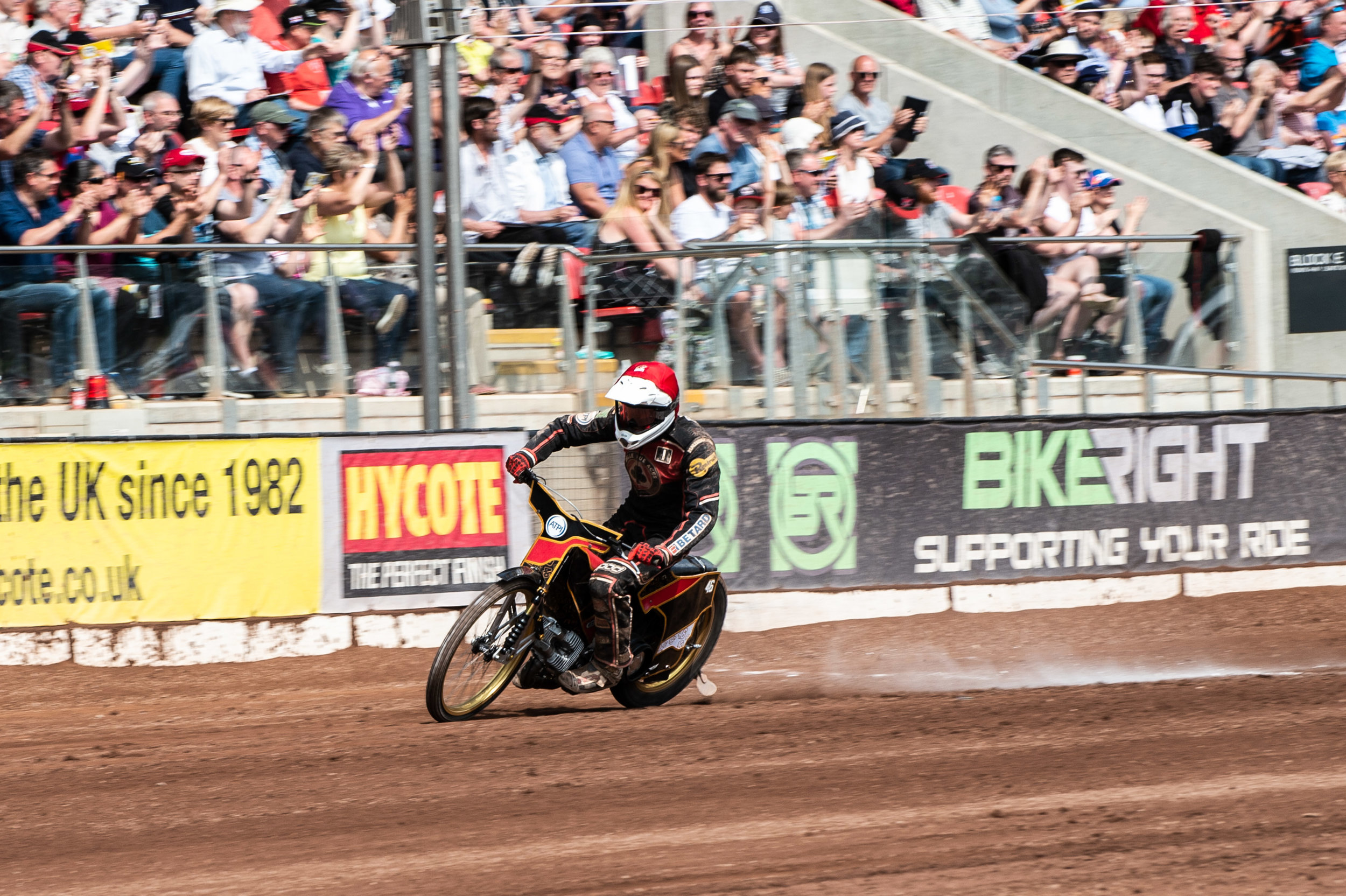 Max Fricke takes the perfect finish in Belle Vue's last encounter with Wolverhampton