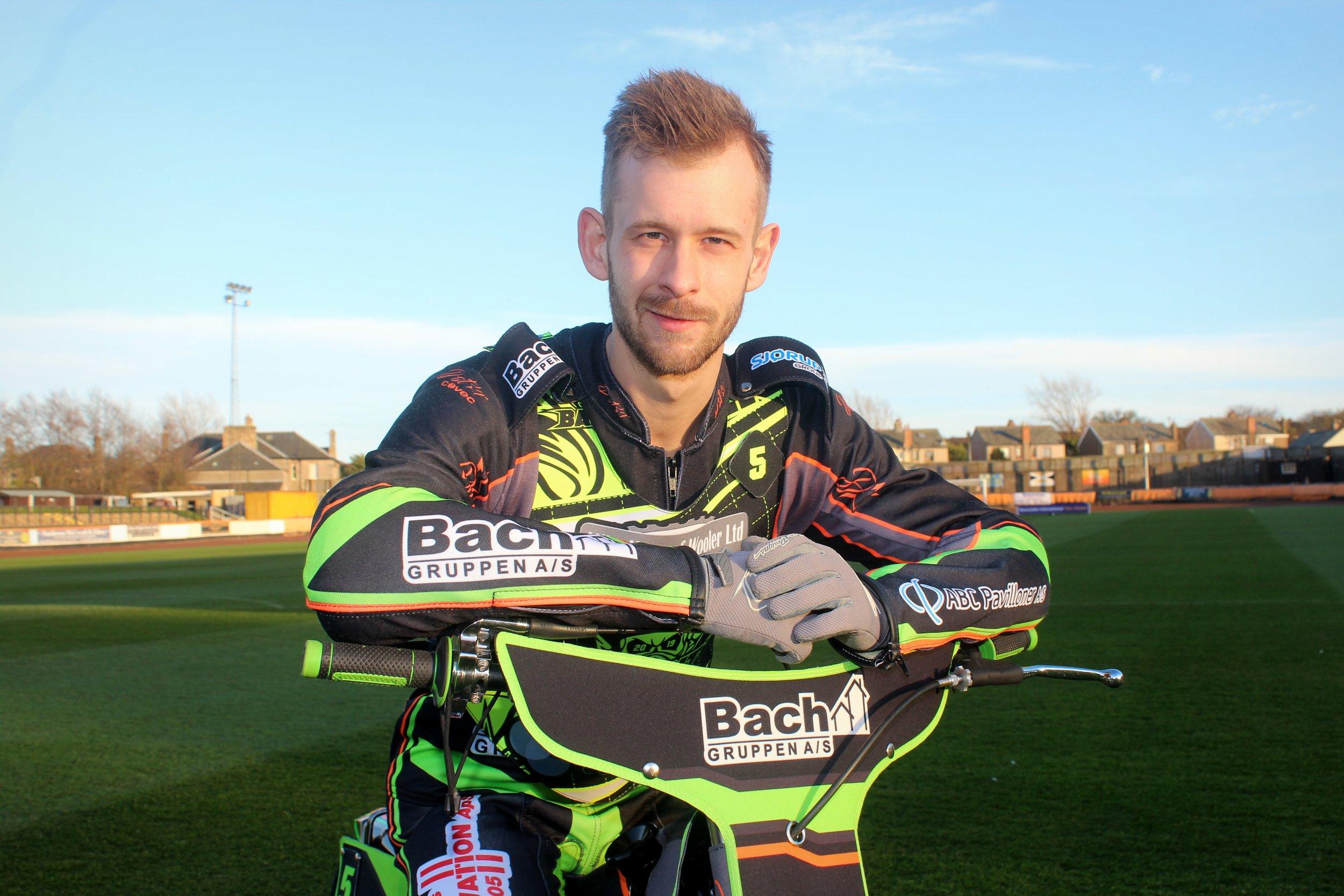 Nikolaj Busk Jacobsen replaces Tero Aarnio in the Aces side