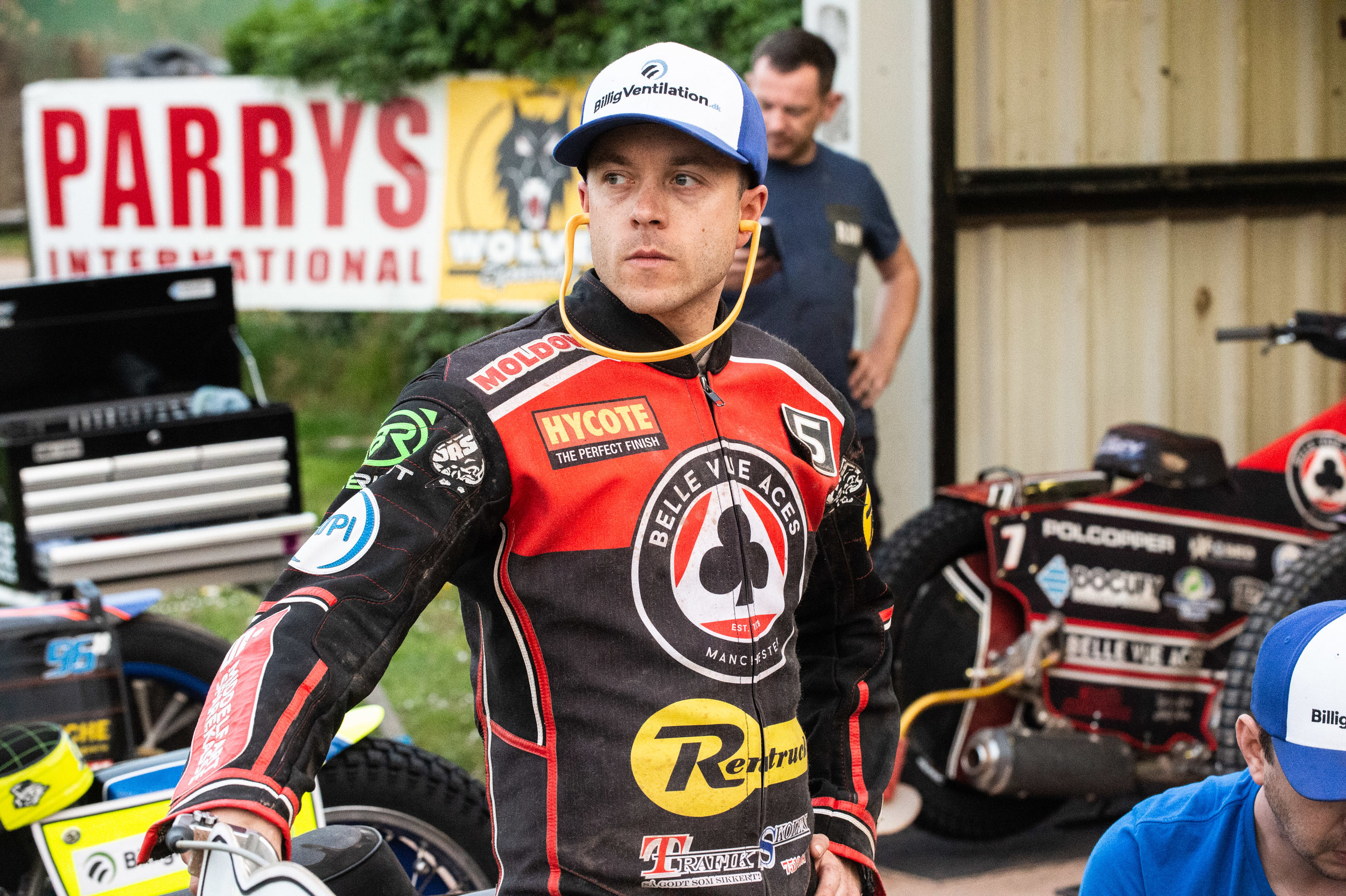 Kenneth Bjerre defied a 6-hour traffic jame to top score for the Rentruck Aces with 12 points.