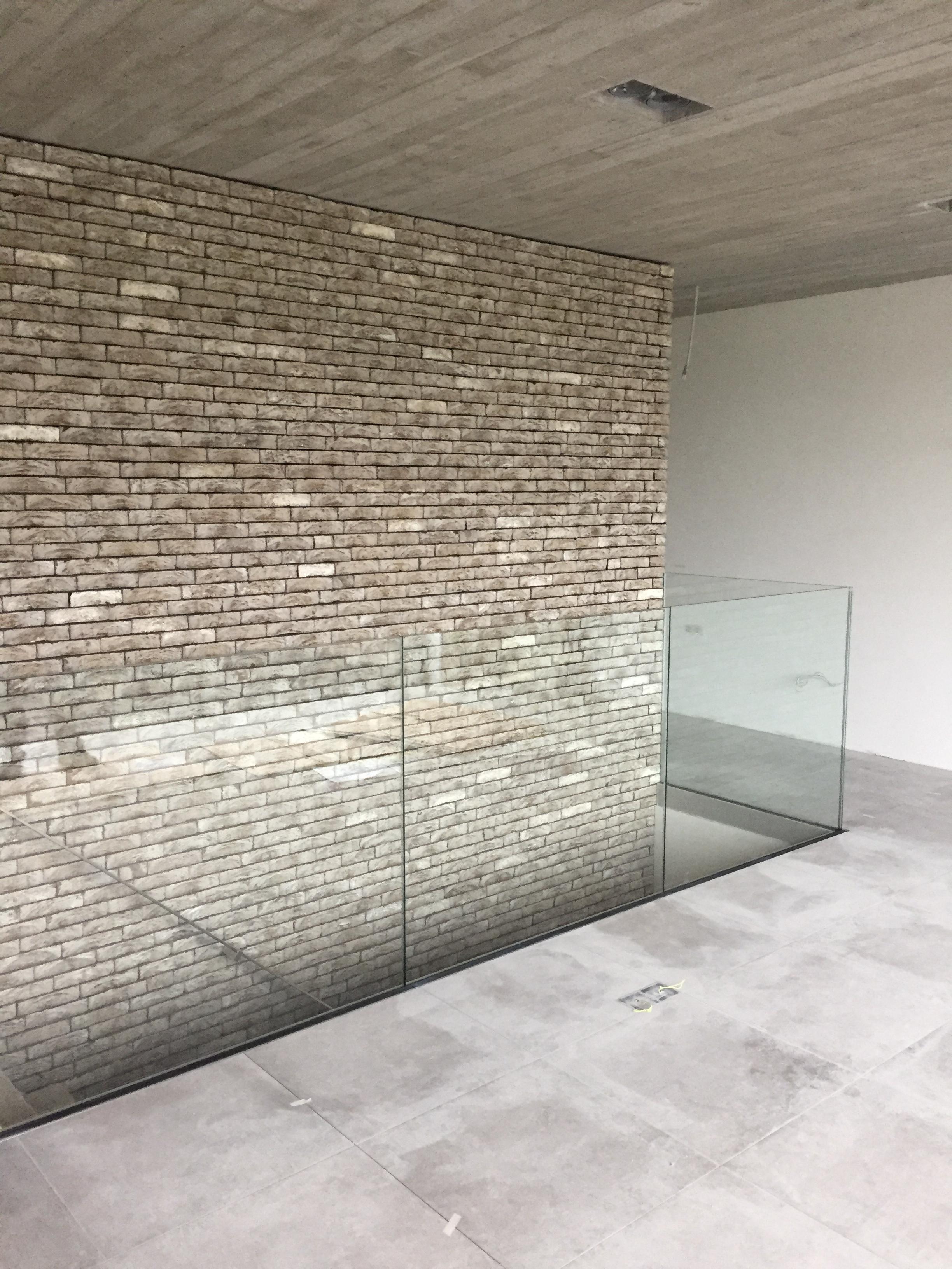 BINNENBALUSTRADES IN GLAS EN RVS   (  KLIK HIER)