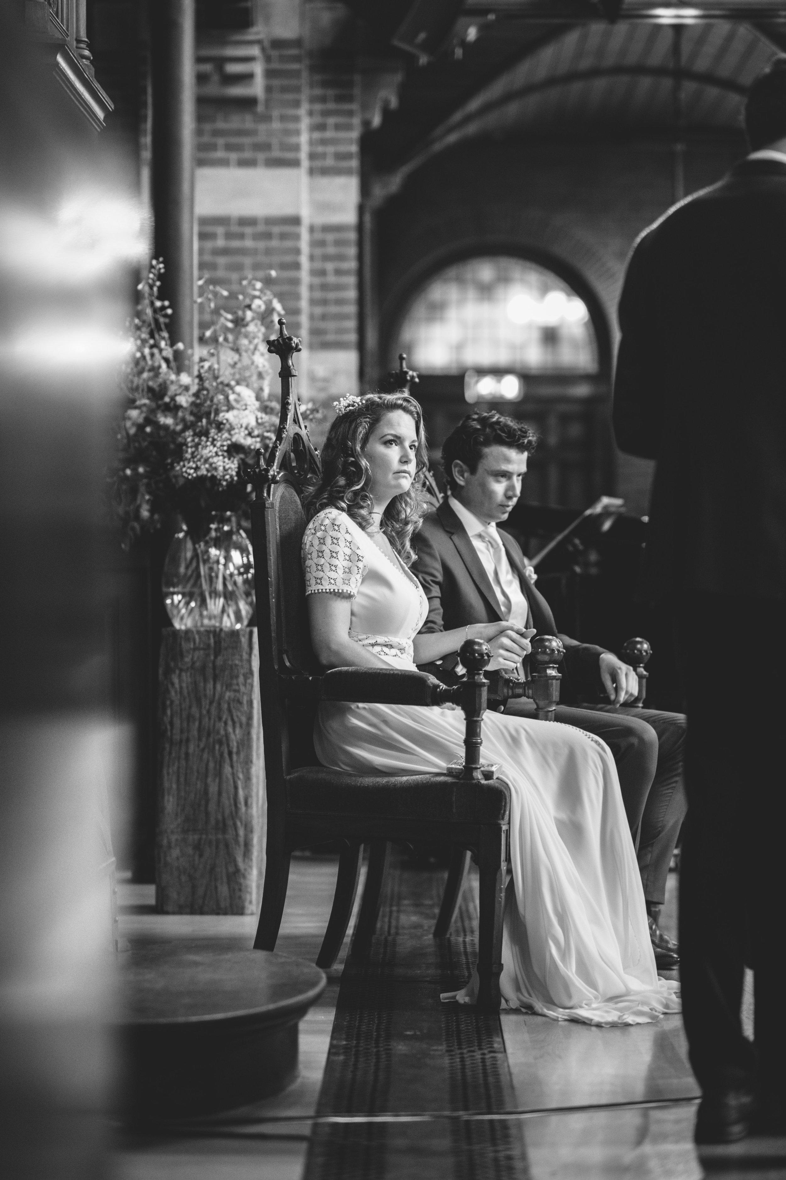 Een foto gemaakt tijdens een ceremonie in de Arminiuskerk te Rotterdam. Voor dit mooie stel mocht ik een trouwreportage maken.