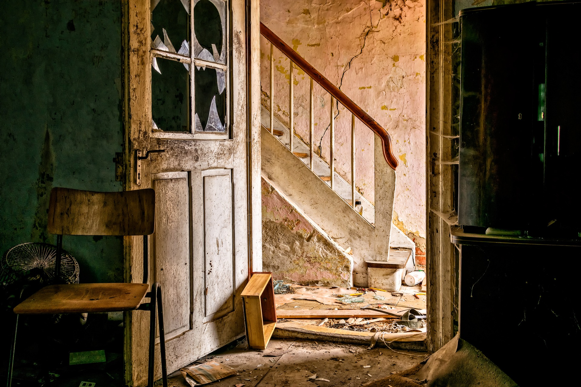 lost-places-3035877_1920.jpg