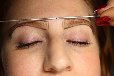 microblading-determining-brow-shape.jpg