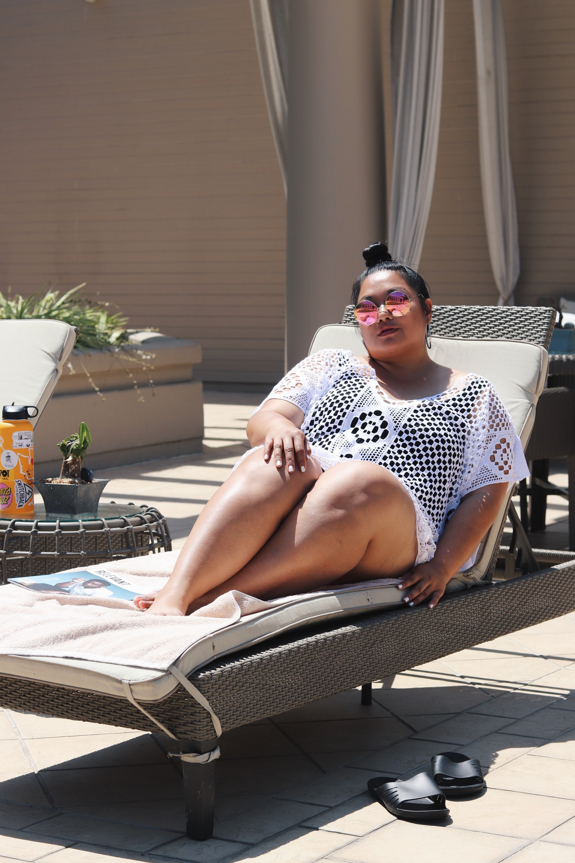 Harper - Carefully designed lace and oversized comfort, the Harper's cooling cotton is now my all-time staple for San Diego's warmer months. I threw this on over my simple black swimsuit and jeans and I was on my way to the spa looking Summer-chic and ready to unwind.Jeans are obviously unnecessary for lounging, so it was easy to stash them away in the Spa's locker room.Spa slippers and sunnies was all I had to add to this lounge outffit and I was ready to detach and indulge under the sun and catch up on my favorite magazines.