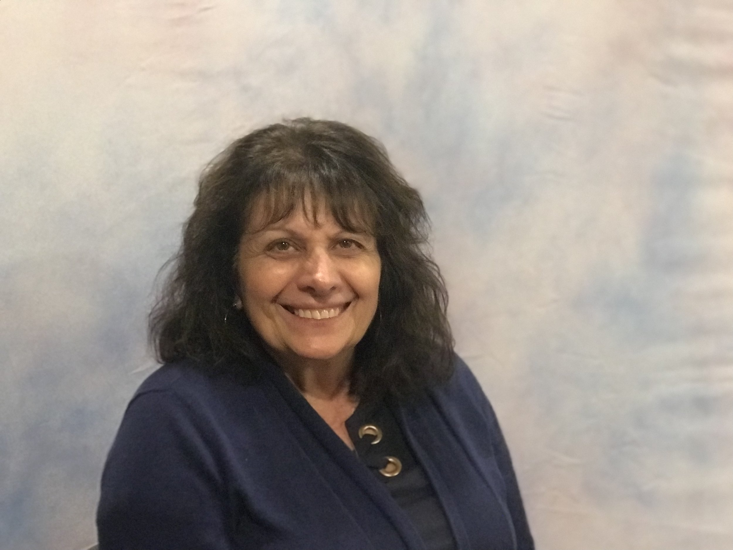 Lois Ryan is a Faith Fellowship Deacon and assists with various initiatives including Operation Christmas Child and our Food Pantry.