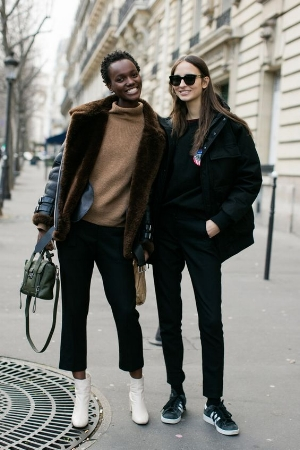 the-ankle-boots-trend-2017-6.jpg