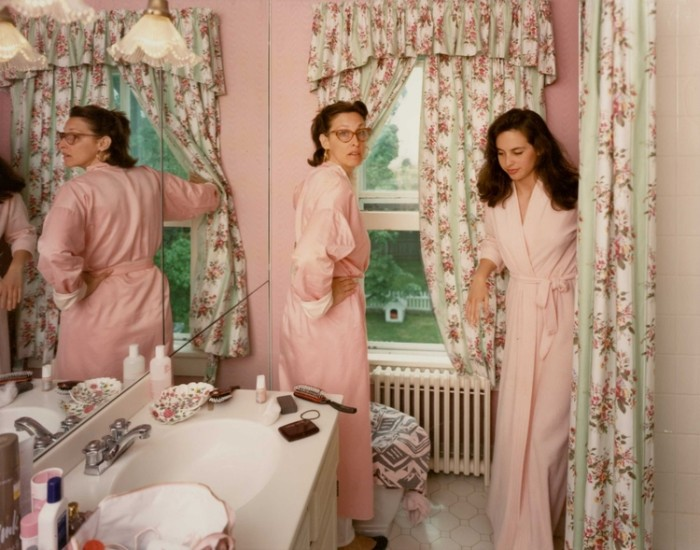 Tina Barney, Jill and Polly in the Bathroom, 1987