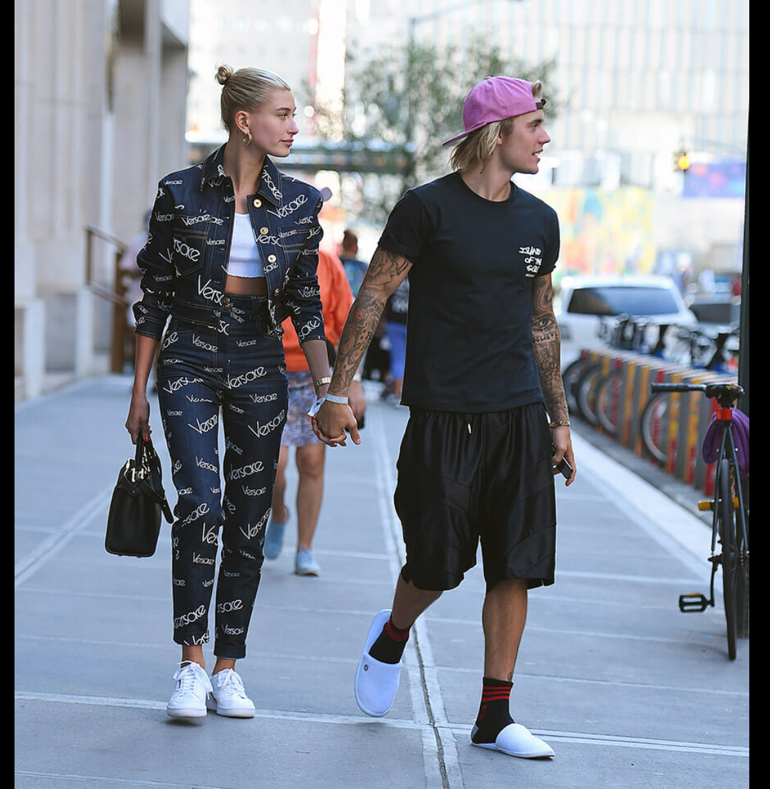 "Justin Bieber sporting the ""scumbro"" look with his fiancée Hailey Baldwin"