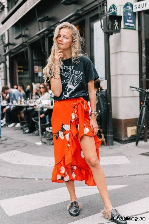 And another cool person (in Local Authority ) at Paris Fashion Week '18