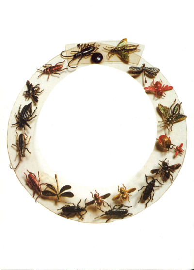 Do you believe this bug necklace?!