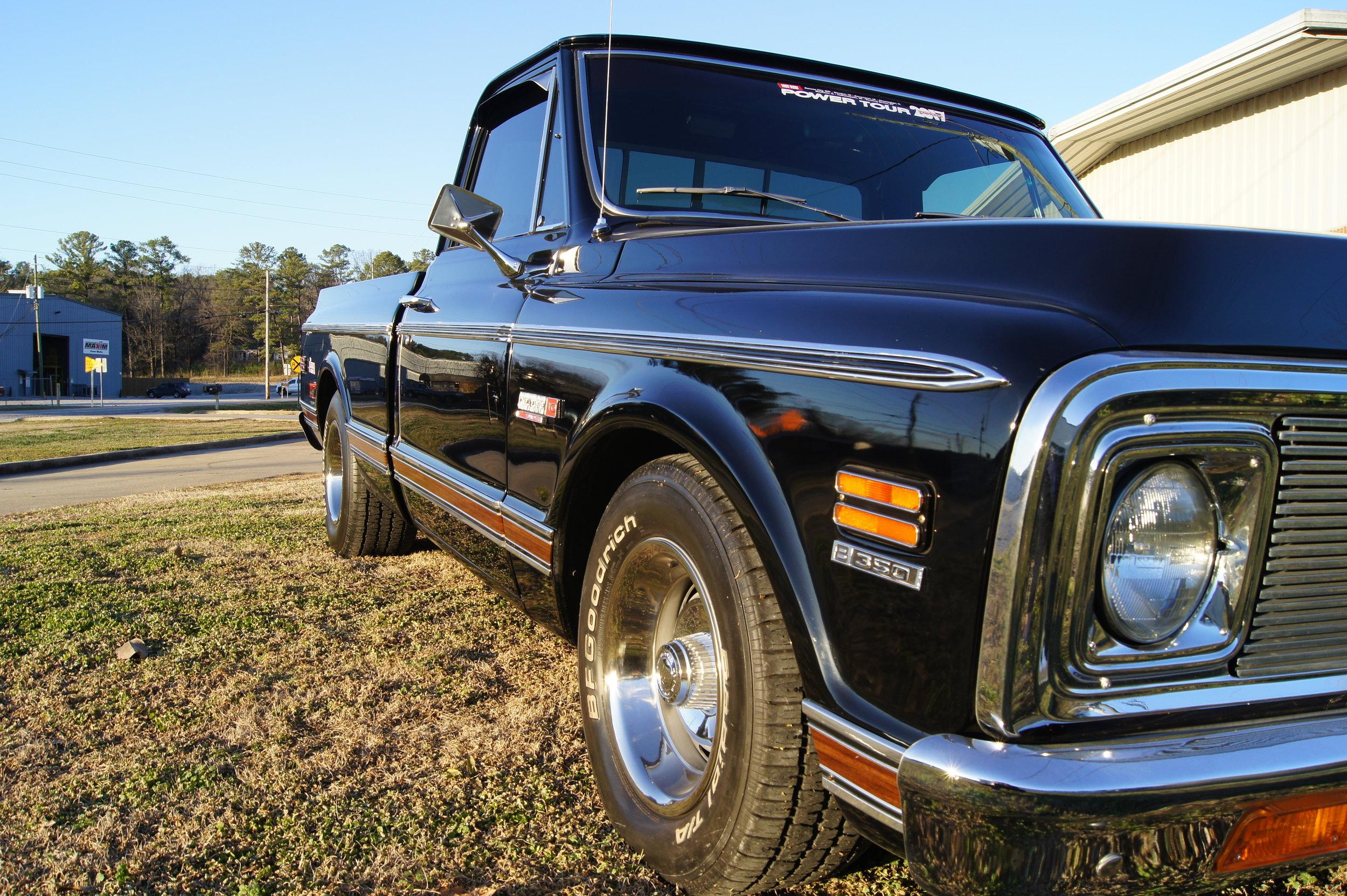1971 Black Chevy PU -